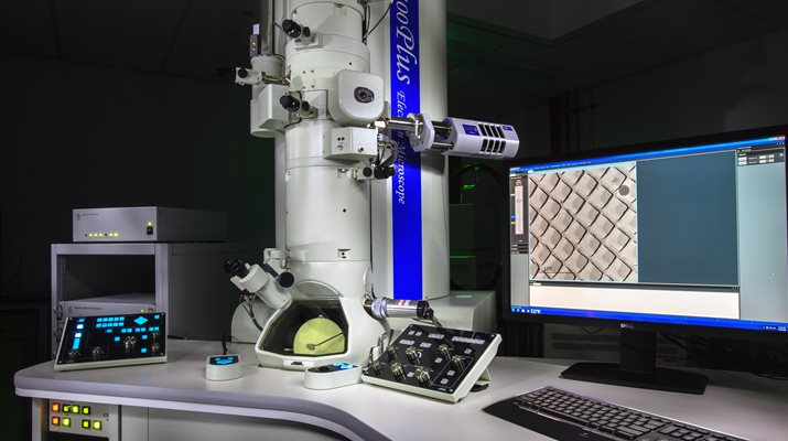 Scanning And Transmission Electron Microscopy On A Budget: 10 Tips