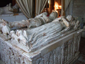 Tomb of Sir Hugh Willoughby (d 1448) and his wife Isabel, in Willoughby-on-the-Wolds parish church