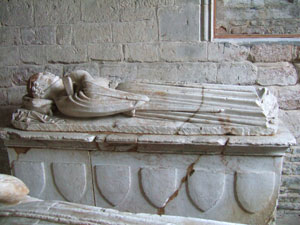 Tomb of Sir Richard Willoughby (c.1290-1362) in Willoughby-on-the-Wolds parish church