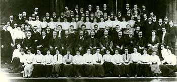 Staff and students of University College Nottingham 1907