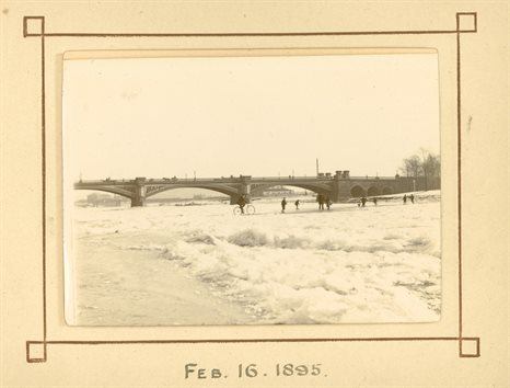 A frozen River Trent at Trent Bridge 16 February 1895. Manuscript Collections, MS 258/3/3