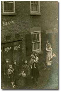 Pail closets (privies) built under bedrooms in Sun Street, Nottingham, 1912