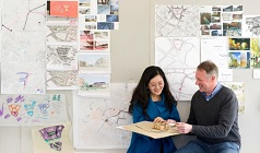 Sustainable Urban Design - Professor Tim Heath with a student