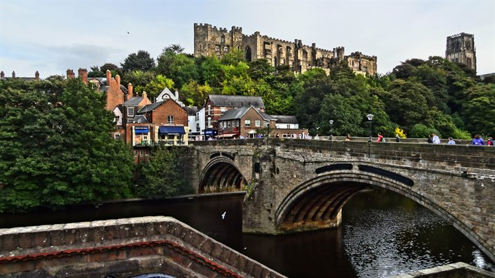 City_of_Durham,_County_Durham,_England.)_(10204021234)