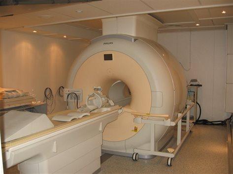 3 Tesla Philips Achieva MRI Scanner - The University of ...