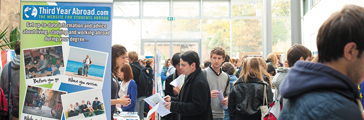 Students at the Study Abroad Fair