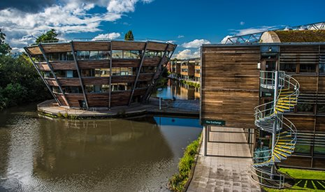 Jubilee Campus, Djanogly Learning Resource Centre on the lake