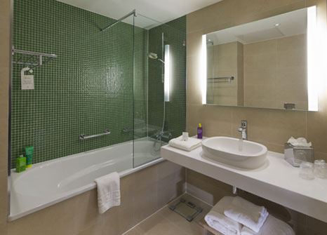 Accommodation the university of nottingham for Y hotel shared bathroom