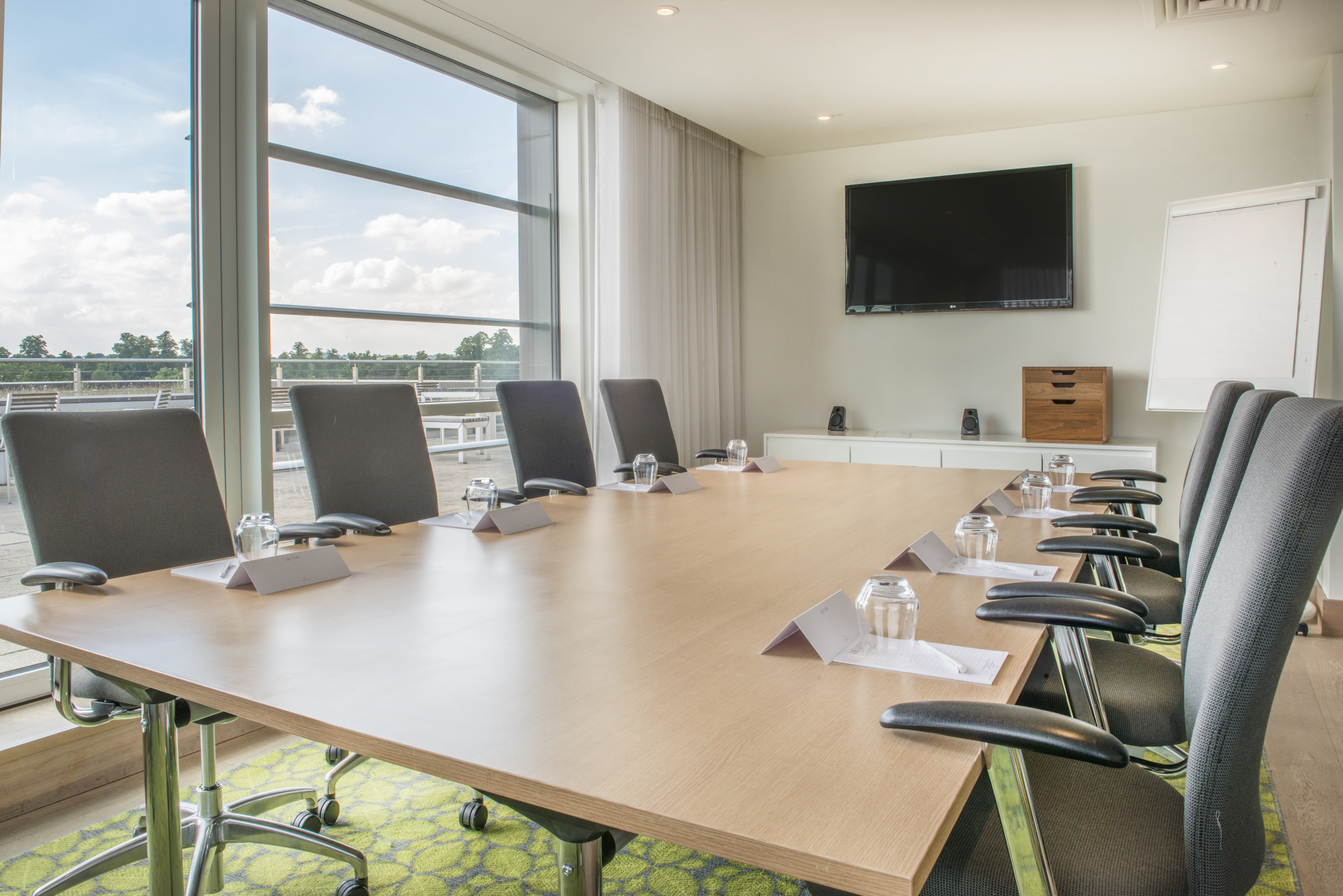 Orchard Hotel - Executive Lounge - Boardroom