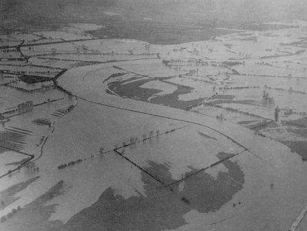 Aerial view of flooding in fields around Burton Joyce, Nottinghamshire, 1936 © University of Nottingham Manuscripts and Special Collections