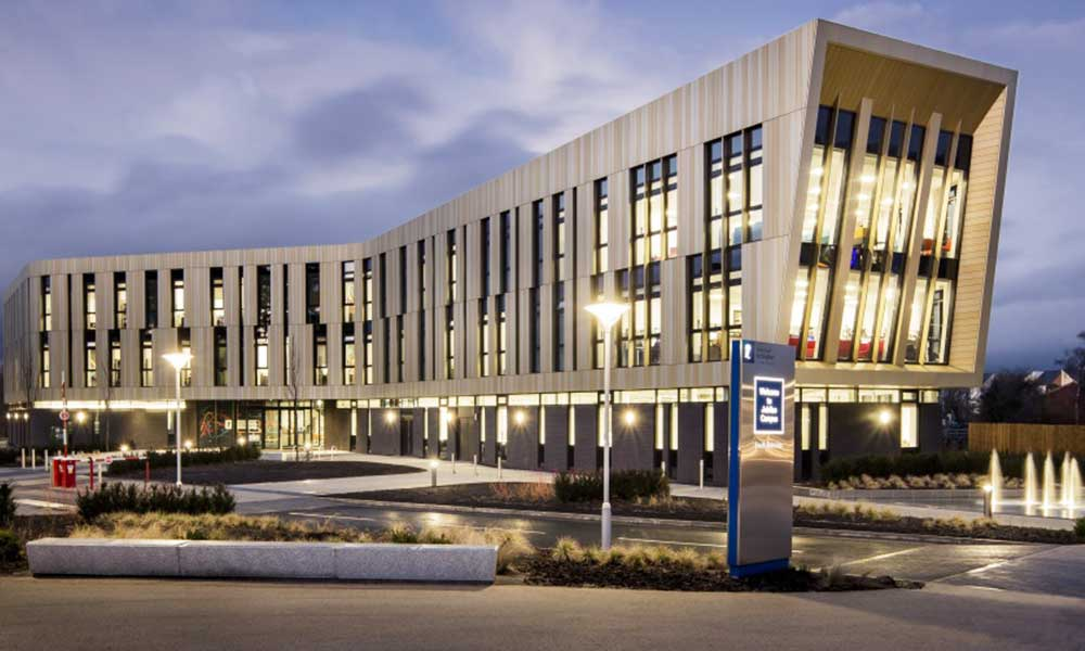 External view of the Advanced Manufacturing Building at dusk, Jubilee Campus
